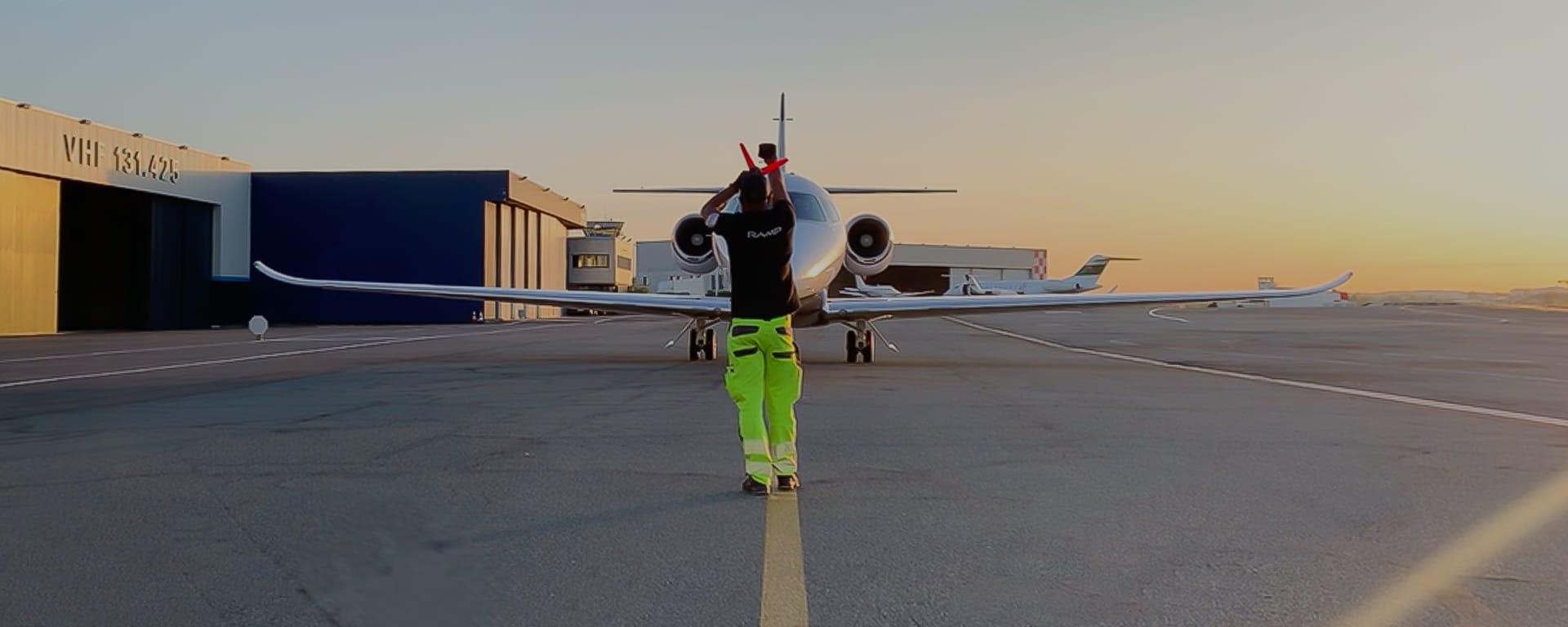 Offre d'emploi au sein du terminal Astonsky : agent de piste ou responsable piste