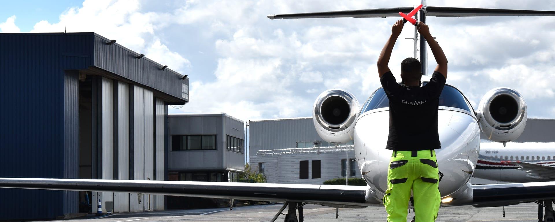 Terminal aéroportuaire dédié à l'assistance des avions privés