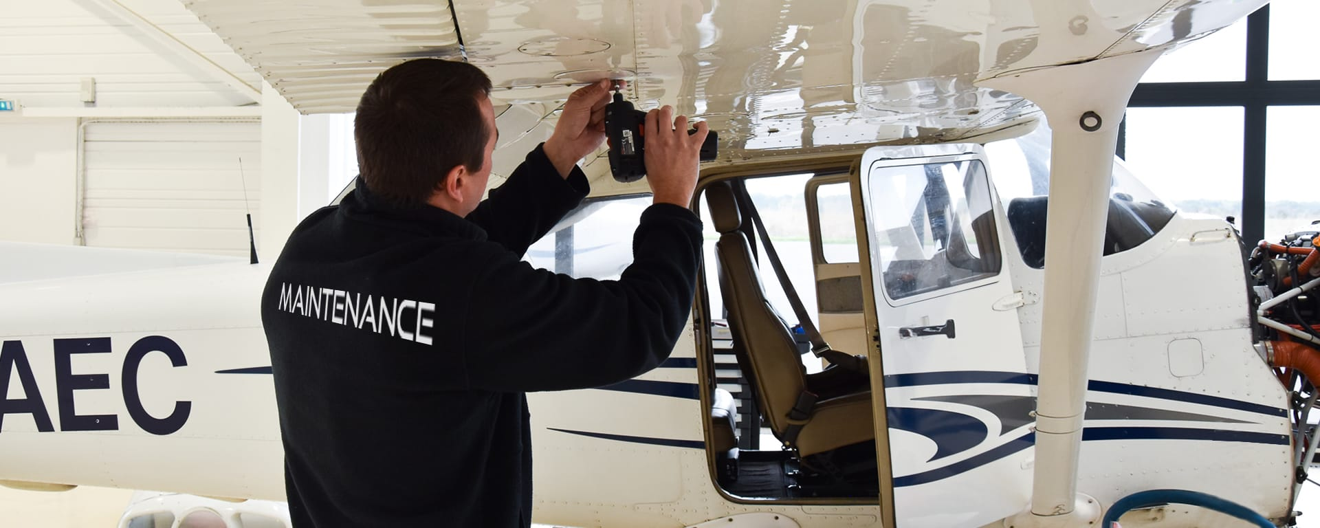 Centre de maintenance avion