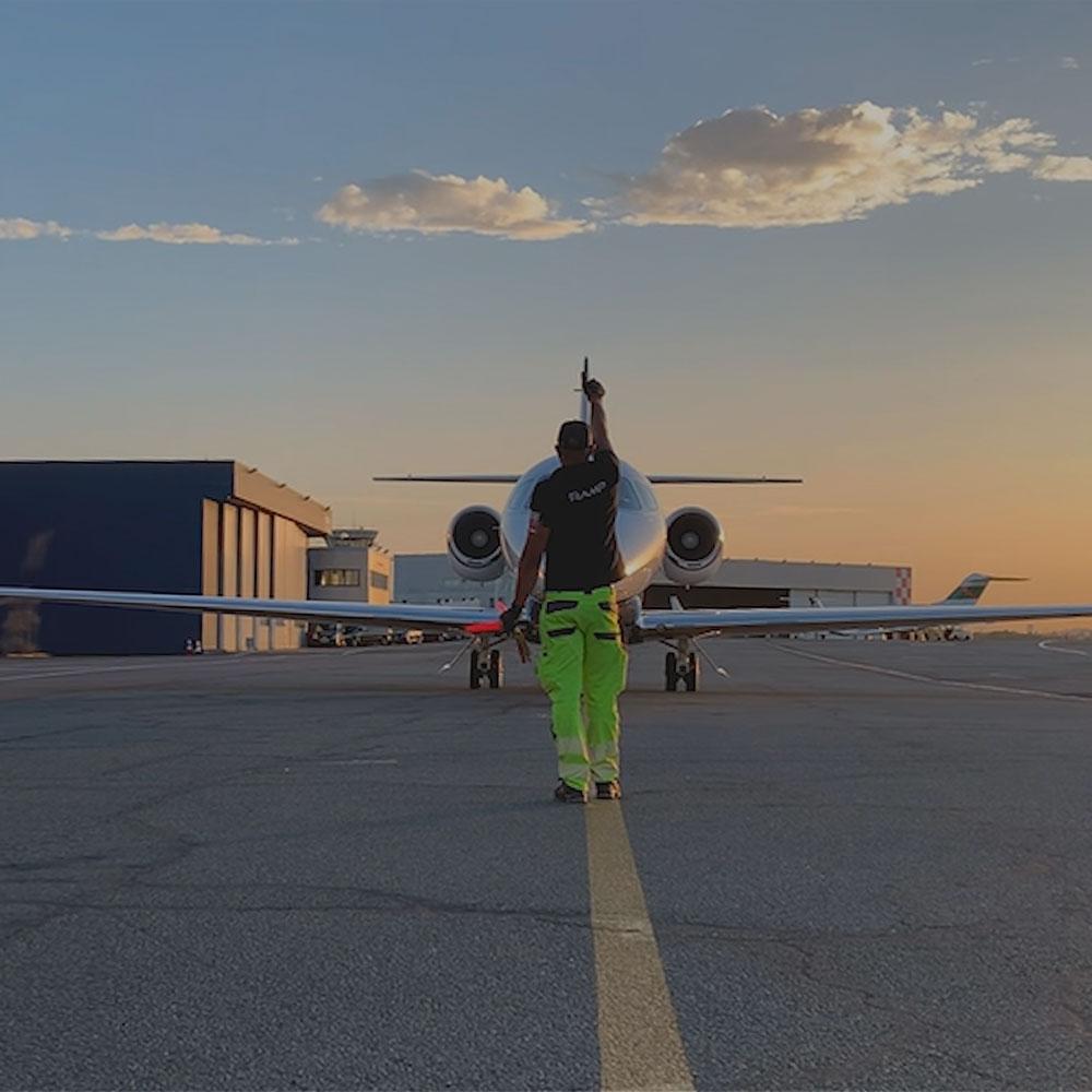 Astonsky, terminal aéroportuaire dédié à l'assistance des avions privés